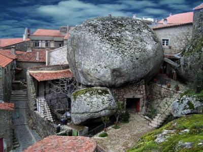 """А ти под кой камък живееш: Монсанто – архитектурен резерват и """"най-португалското селце в Португалия"""""""