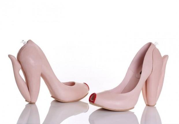Обувки със собствен живот