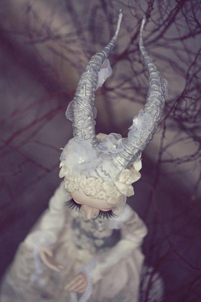 Черни кралици, принцеси с рога, изгубени Алиси… В кукления свят на Jolanta & Robert