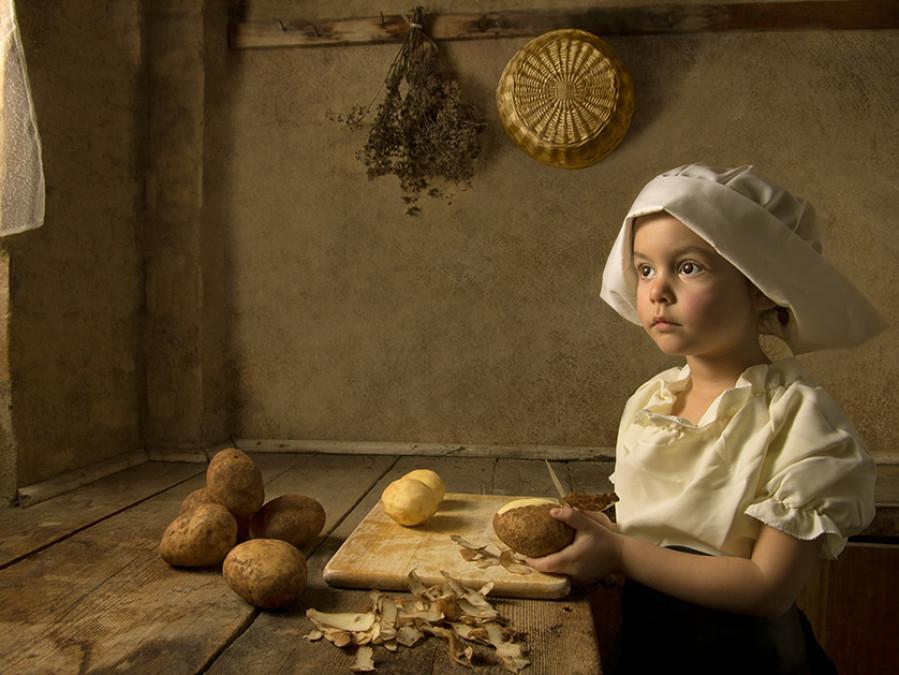 """5-годишно момиче """"съживява"""" класически картини (снимка)"""