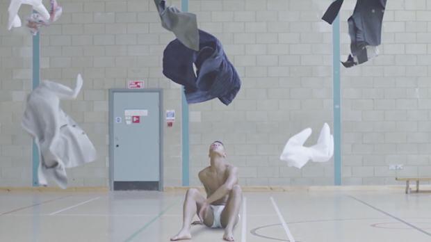 Изкуството да комбинираш дрехи – в кратък съвременен балет