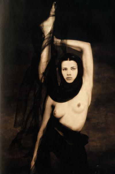 Джойс Тенисън: между портрета и митичната женска красота