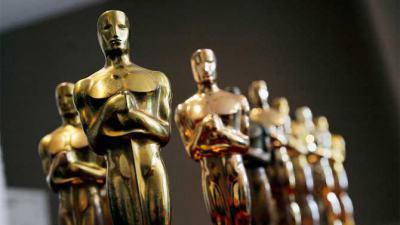 """""""Бърдмен"""" триумфира на """"Оскарите"""". Тази година, вместо селфита на звездите, заваляха политически послания"""