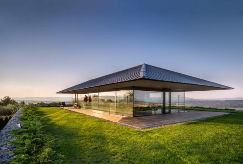 Observation House: къща-наблюдателница на красоти е построена в България