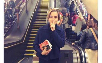 """""""Книжната фея"""" Ема Уотсън оставя стотици скрити книги в метрото"""