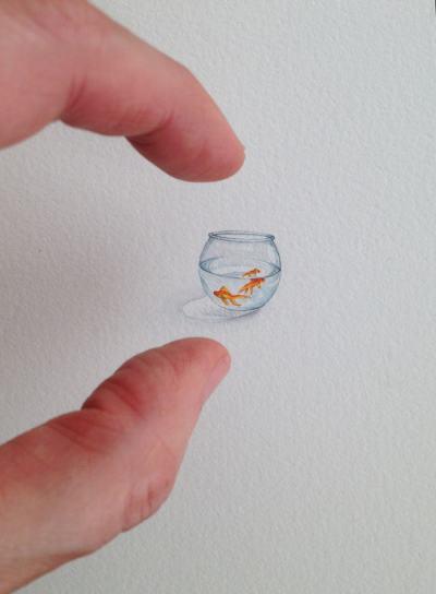 Удивителните миниатюри на майка на 3 деца, която вече няма време да рисува огромните си платна