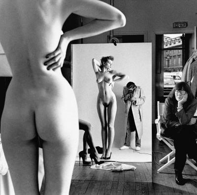 Жените като единствените възможни божества – във фотографиите наХелмут Нютън (снимки и видео)
