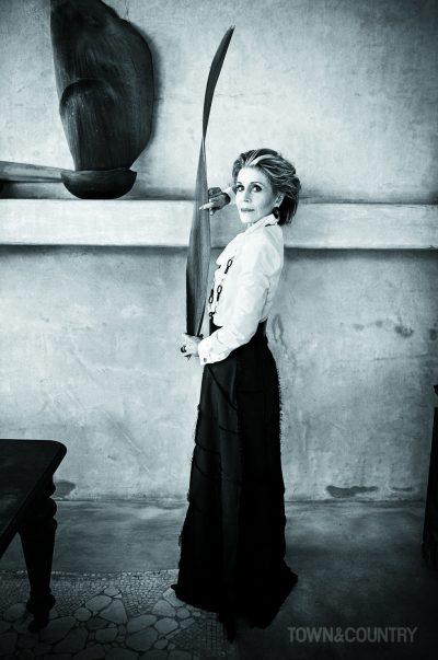 """Джейн Фонда заTown&Country (специално настояла """"Без Photoshop""""): """"Идеалната жена ли? Тя не съществува! Това, което има значение е, че си цяла."""""""