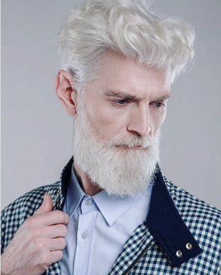 Модна агенция наема само над 45-годишни модели. Красиви, със силно изразена индивидуалност, променящи стереотипите