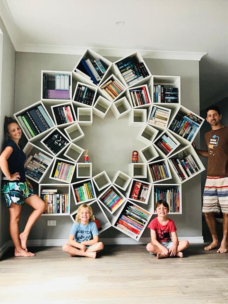 Семейство успява да си построи мечтаната (и случайно мерната в Интернет) библиотека за ден