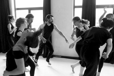 """""""за1отделно"""" представя 2 танцови интерпретации на самоопределението в общ проект"""