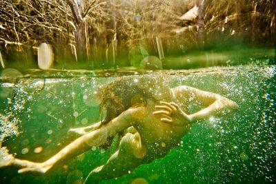 Визуално пътуване в подсъзнателните води на ума – фотографията на Neil Craver
