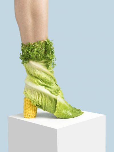 Everyday shoes: чудесна комбинация от странни обувки и блестящи идеи, които ще ви шокират