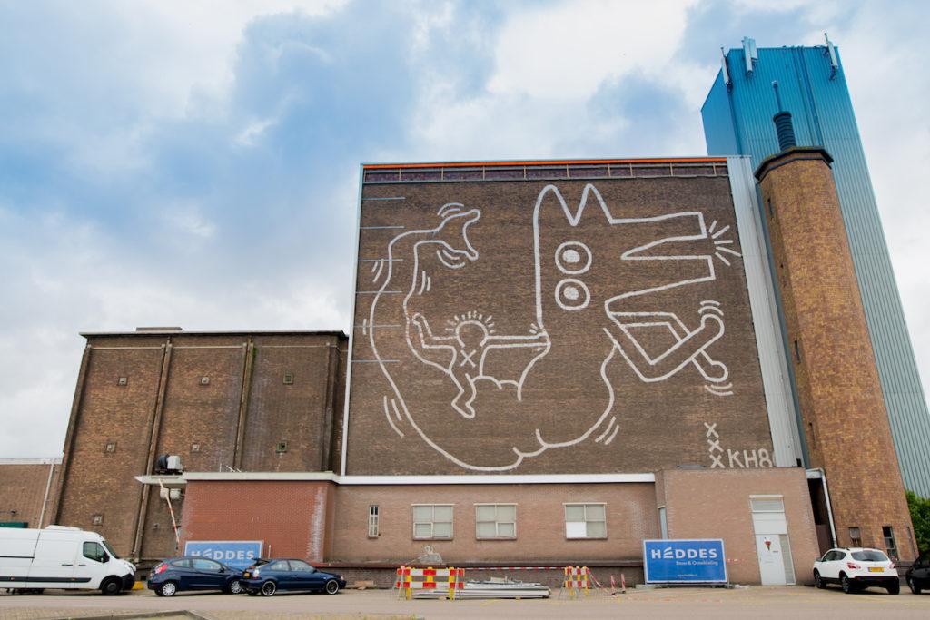 Кийт Харинг се завърна в Амстердам (снимка на стенопис)