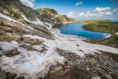 """Рила: откъс от """"През пет планини. Пътеводител за Е4 в България"""""""