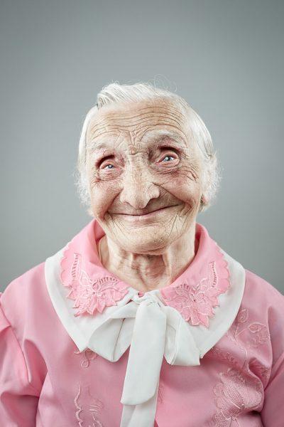 """Красиви портрети доказват: """"Усмивката не остарява"""""""