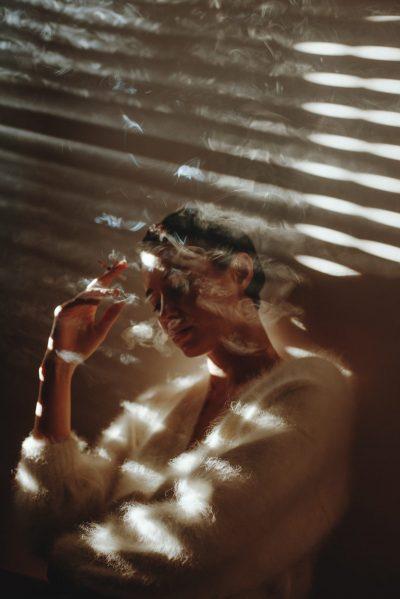 Силна естетика и осезаеми емоции – в кинематографичните портрети на Alessio Albi