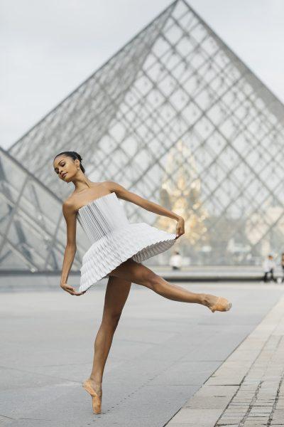Когато изкуството на оригами срещне изкуството на танца (и на фотографията)