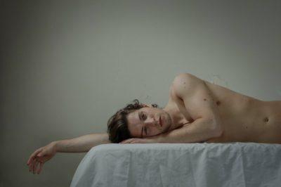 Him: красиви, интимни портрети на мъже. Заснети (най-после) от жена