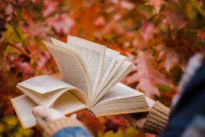 20 книги за уютна есен – в откъси и ревюта