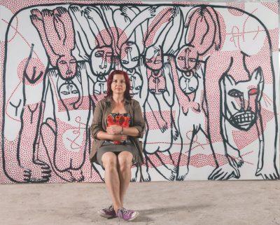 Моника Попова: С рисунката превеждам живота и трансформирам болката (видео интервю)