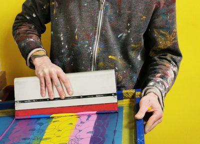 STREET ART за вкъщи: стрийт артисти печатат като Анди Уорхол, а ние си отнасяме авторски сериграфии в лимитиран тираж у дома