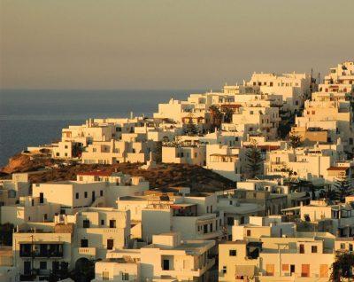 """Наксос: врата към морето – една от спирките в не съвсем пътеводителя """"Гръцко синьо"""" на Анита Димитрова"""